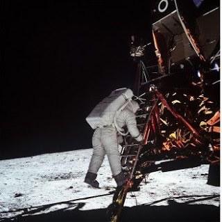 アポロ11号は本当に月へ行ったのか?